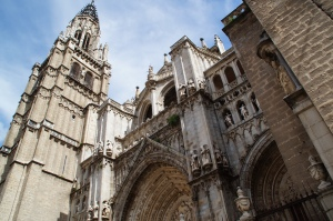 La Cathedral de Toledo.  Sorry it cost 8 euros to go in...I ain't got time for that.