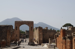 Mount Vesuvius in the background.