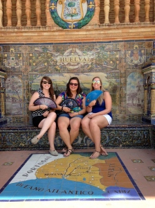 Keeping cool at Plaza de España in front of the Huelva map!